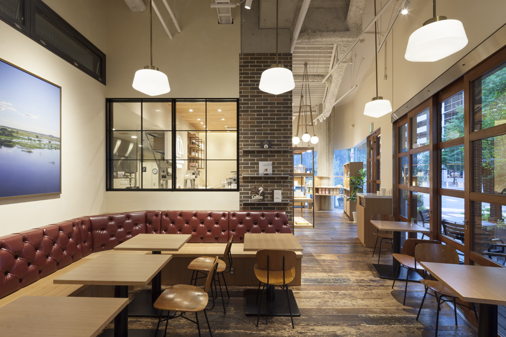 建築ウツギ設計+清水豪輝建築設計事務所_WHITE_GLASS_COFFEE_福岡_004