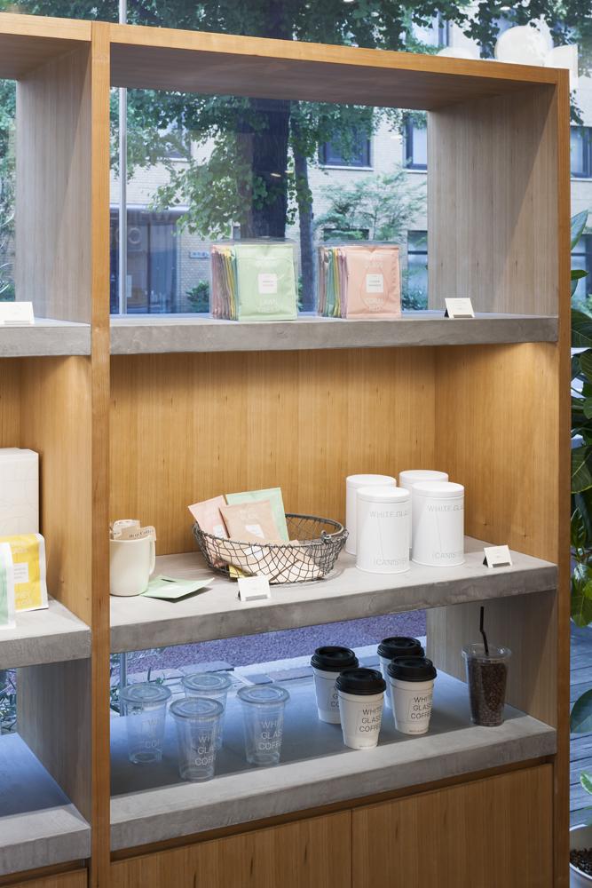 建築ウツギ設計+清水豪輝建築設計事務所_WHITE_GLASS_COFFEE_福岡_012