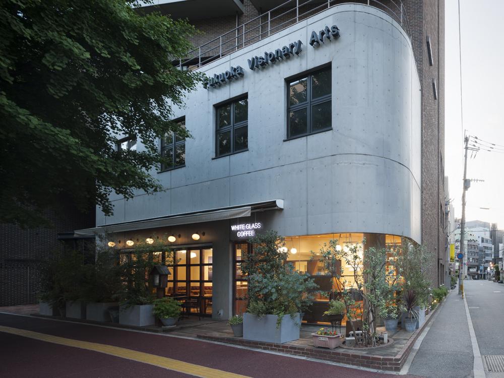 建築ウツギ設計+清水豪輝建築設計事務所_WHITE_GLASS_COFFEE_福岡_014